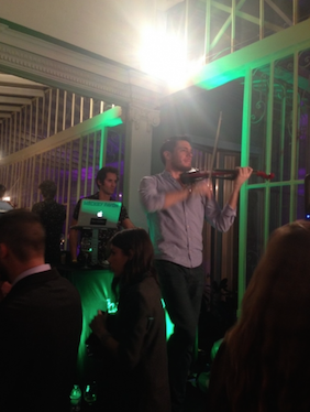 DJ acompañado al violín, música de boda Wedding planner Madrid