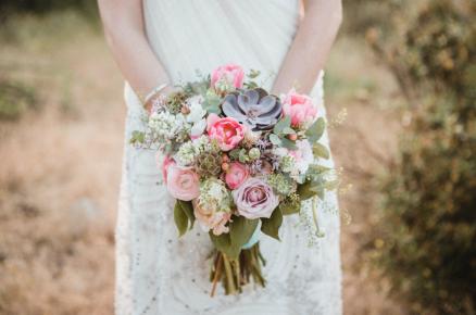 boda, bodas civiles, bodas al aire libre, boda civil, decoración boda civil, ceremonia civil al aire libre, ramos de novia, ramo de novia suculenta