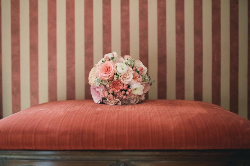Boda urbana y elegante en el hotel Ritz de Madrid by Tu Día Perfecto Wedding Planner. Ramo de novia