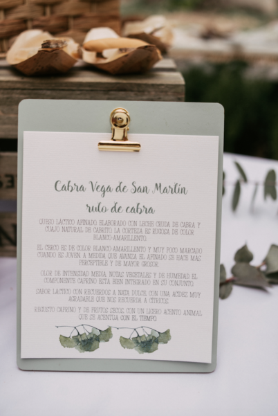 Tu Día Perfecto Wedding Planner: invitaciones de boda románticas, invitaciones de boda provenzales: lavandas, rosas y flores silvestres. Romantic wedding stationery, lavender, rosas and wild flowers. meseros, papelería de boda, decoración de bodas, seating plan