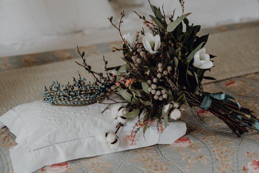 BODA EN LA NIEVE, Boda de invierno, decoración de bodas, boda en Segovia, Destination Wedding Spain, ramo de novia, bodas Tu Día Perfecto, ceremonia civil, boda en el campo